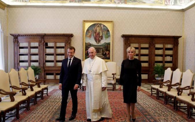 macron vaticano