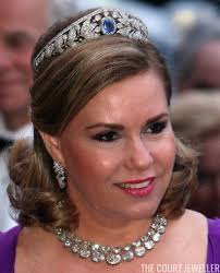 maria adelaide tiara