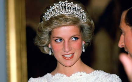 diana cambridge tiara