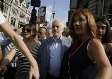 trump proteste corbyn