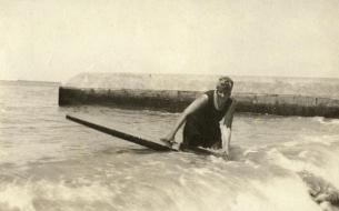 agatha_christie_surf
