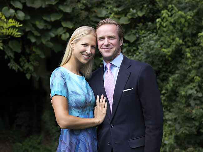 gabriella-windsor-engagement-photo-z