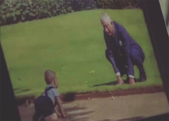 prince-george-crawling-to-prince-charles-a