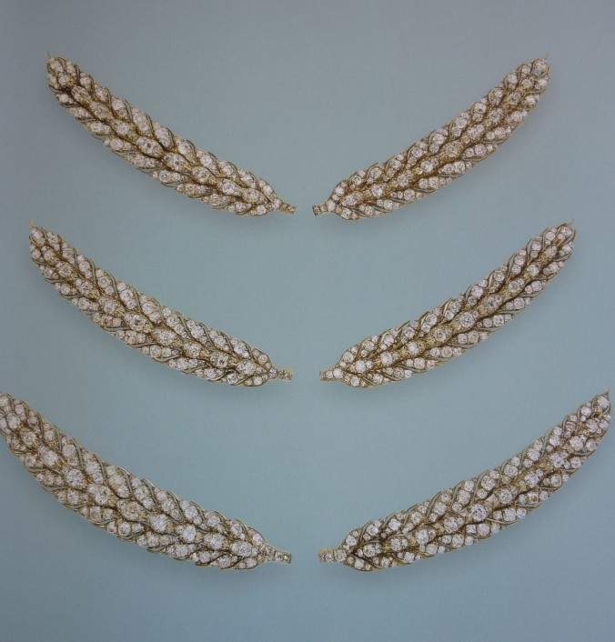 queen victoria wheat-ear brooches