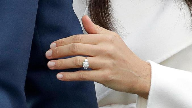 harry meghan engagement ring