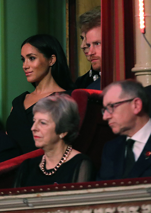 meghan-markle-black-dress-z