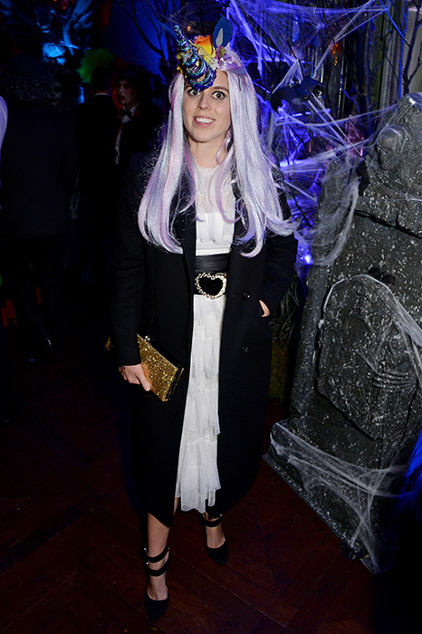 princess-beatrice-unicorn-halloween-z
