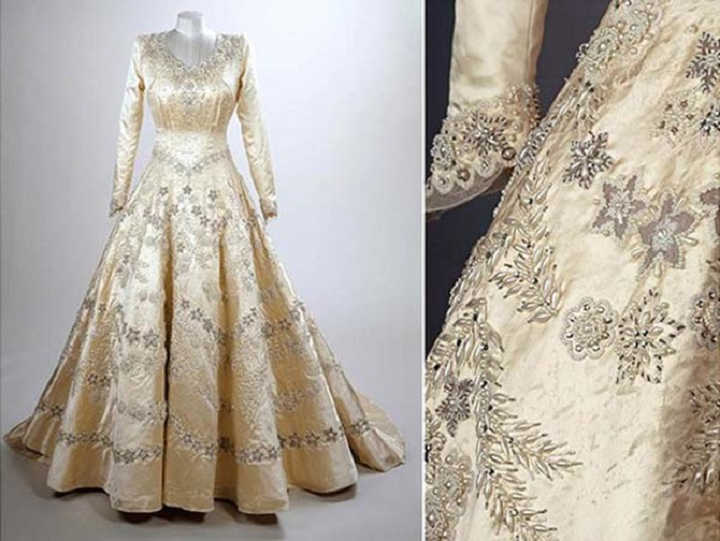queen wedding dress