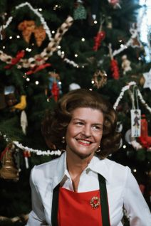 christmas brooch betty ford 1975