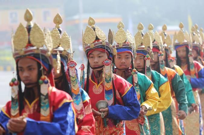 festa bhutan la scorta del re
