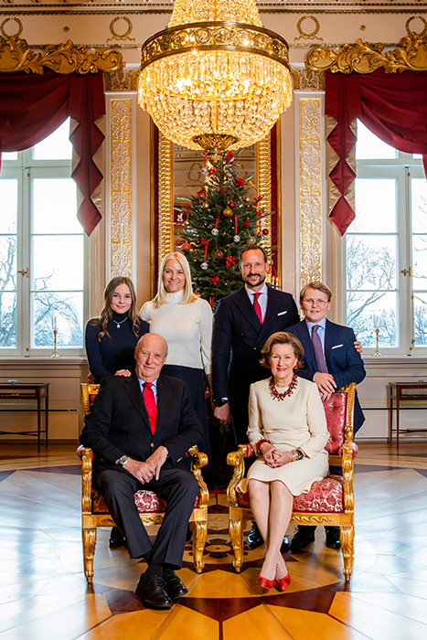 norwegian-royal-family-christmas-card-2018-a