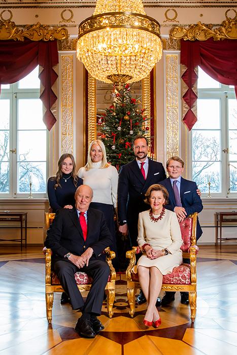 norwegian-royal-family-christmas-card-2018-a