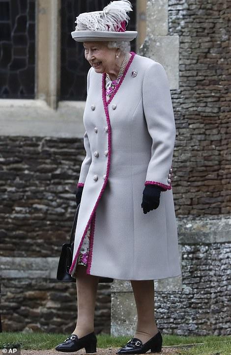 xmas 2018 the queen