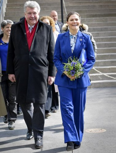 Crown-Princess-Victoria-in-Rodebjer-8