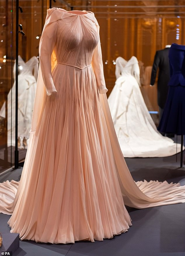 eugenie dress zac posen 3