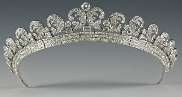 halo tiara