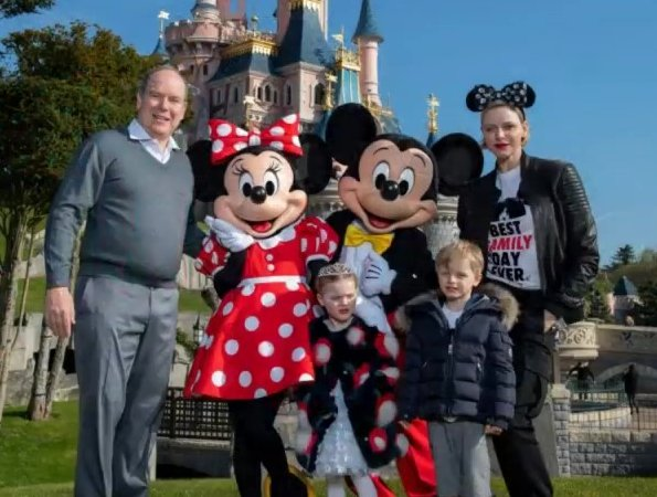Prince-Jacques-and-Princess-Gabriella Eurodisney