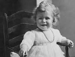 queen elizabeth 1 year old