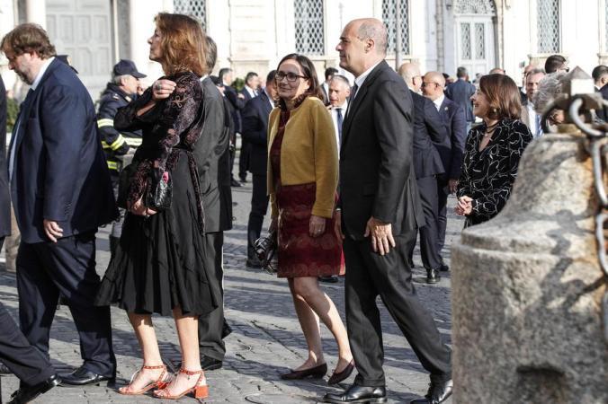 """2 giugno:saluto Di Maio-Salvini a Quirinale, """"ci vediamo..."""""""