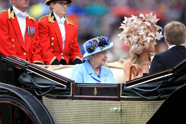 ascot 19 queens
