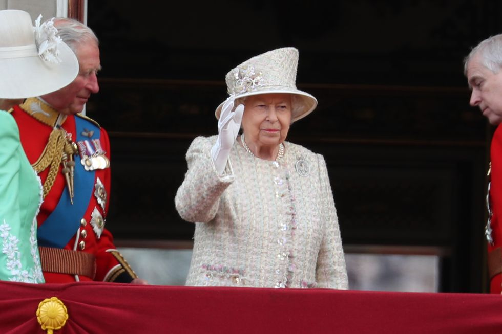trooping the colour the queen 2