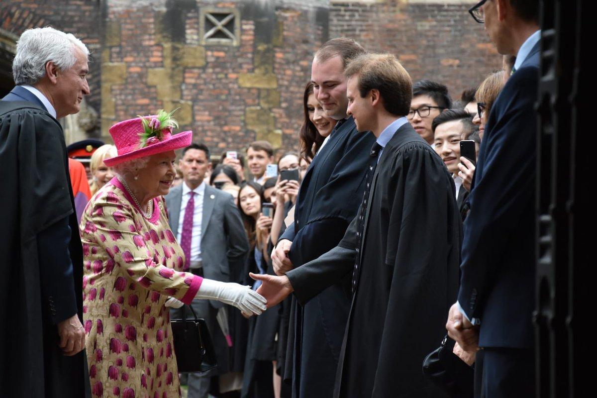 queen fuxia dress