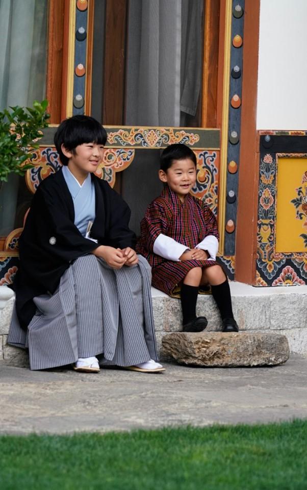 bhutan-japan boys 2