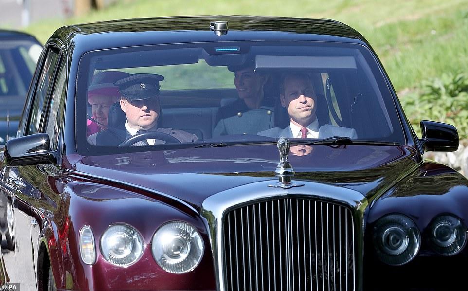 the queen-cambridges-balmoral