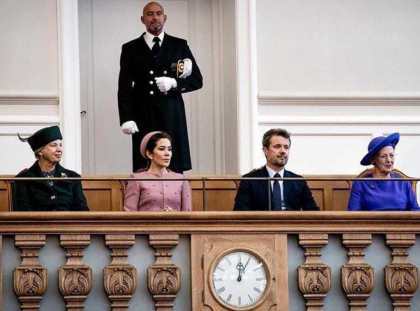 danish royals parliament opening 2019