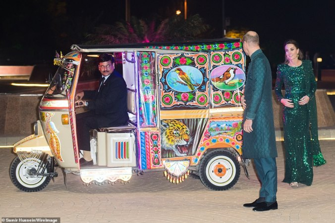 pakistan cambridges tuk tuk