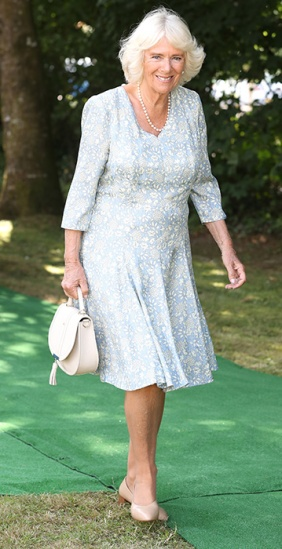 camilla-parker-bowles-cornwall-outfit-z