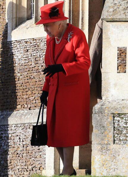 royal-family-attend-christmas-day-3