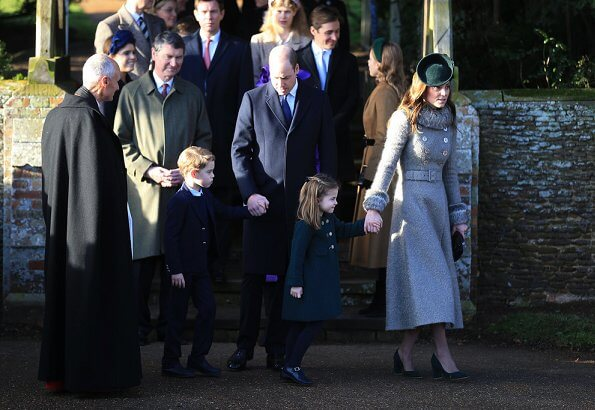 royal-family-attend-christmas-day-9