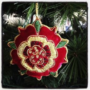 Tudor rose decoration