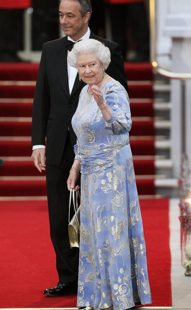 cambridges wedding the queen