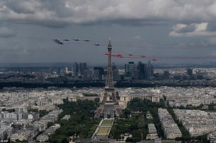 Red Arrows and Patrouille de France